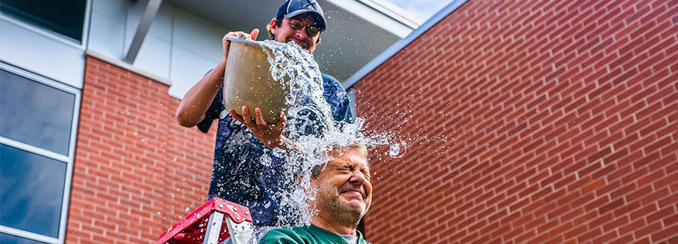 Do ice buckets really make a difference?